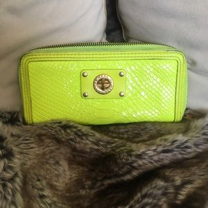 Marc by Marc Jacobs Neon Patent leather wallet